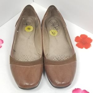 """""""Life Stride"""" soft system flat shoes."""